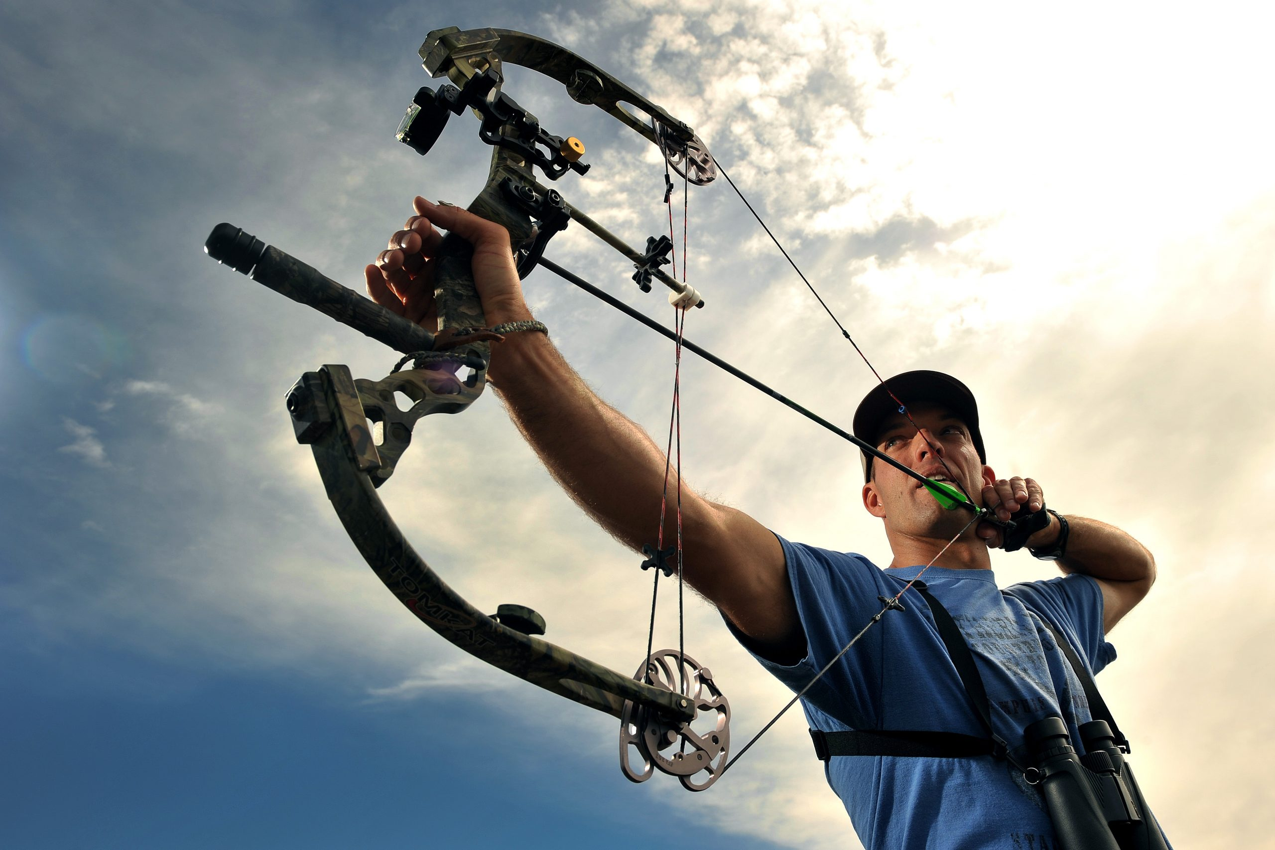 Archer used compound bow